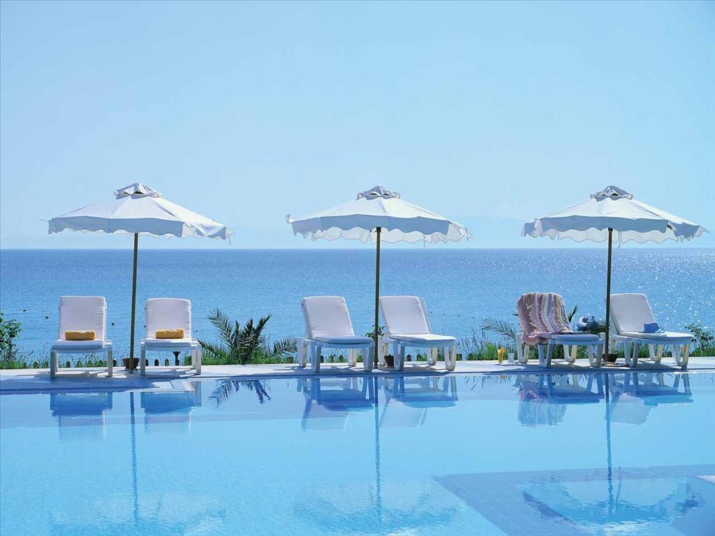 Aegean Melathron Hotel - външен басейн