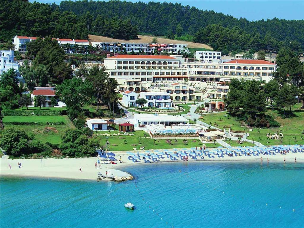 Aegean Melathron Hotel - общ изглед