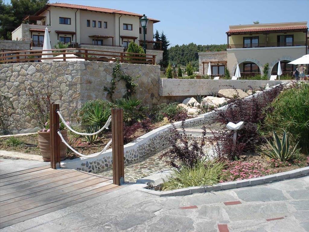 Aegean Melathron Hotel - изглед