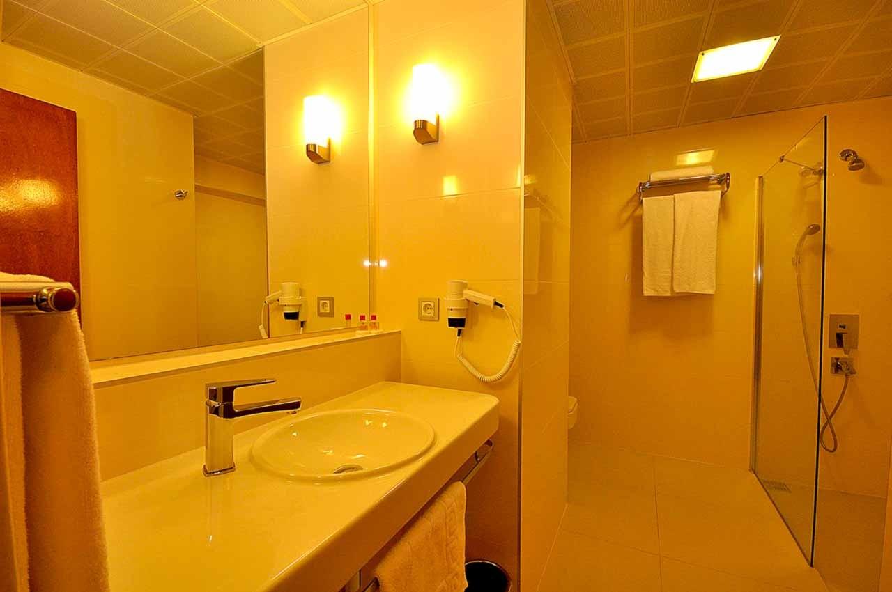 Club Hotel Grand Efe - баня
