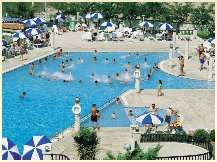 Tusan - басейн