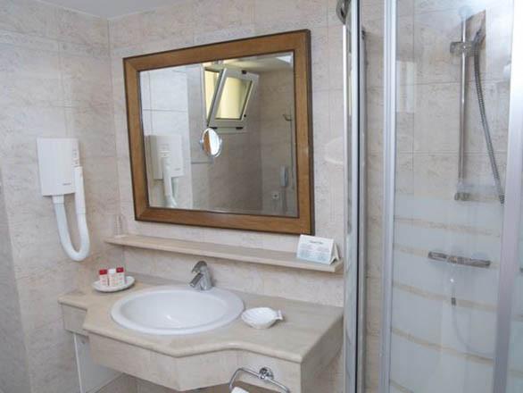 Aegean Melathron Hotel - баня