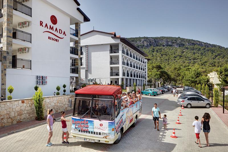 Ramada Resort Akbuk - бус