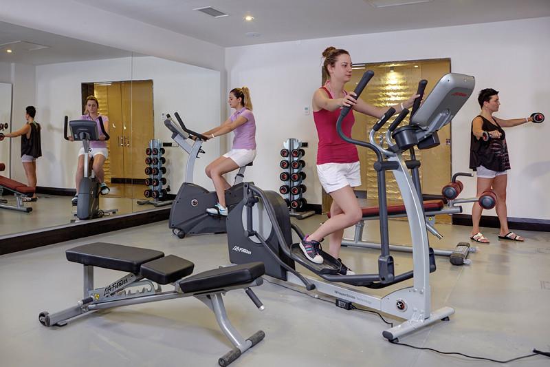Ramada Resort Akbuk - фитнес