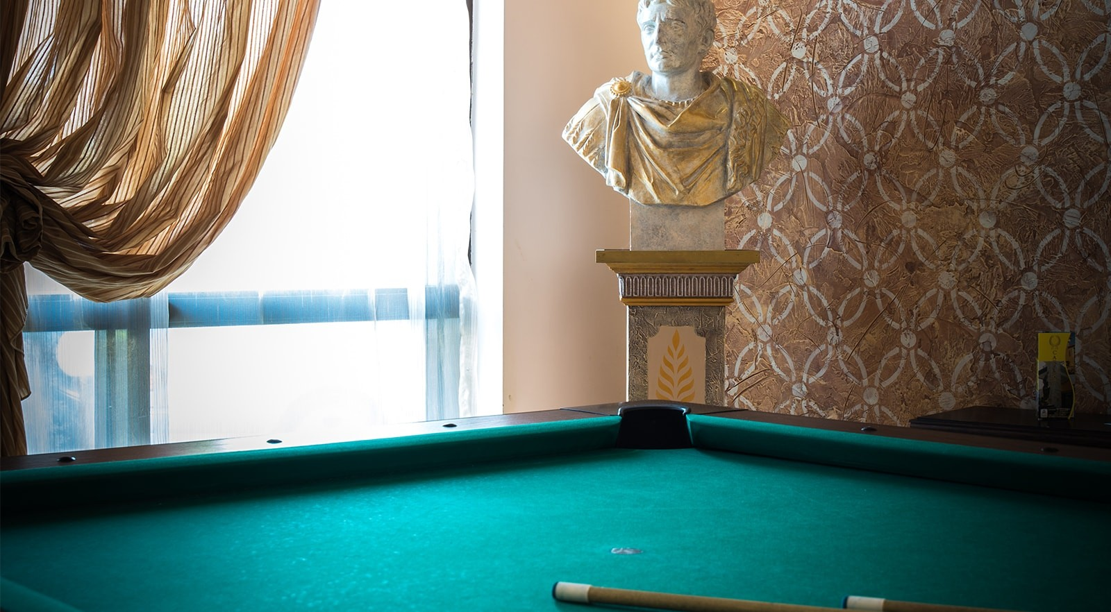Хотел Цезар Палас 4* - билярд
