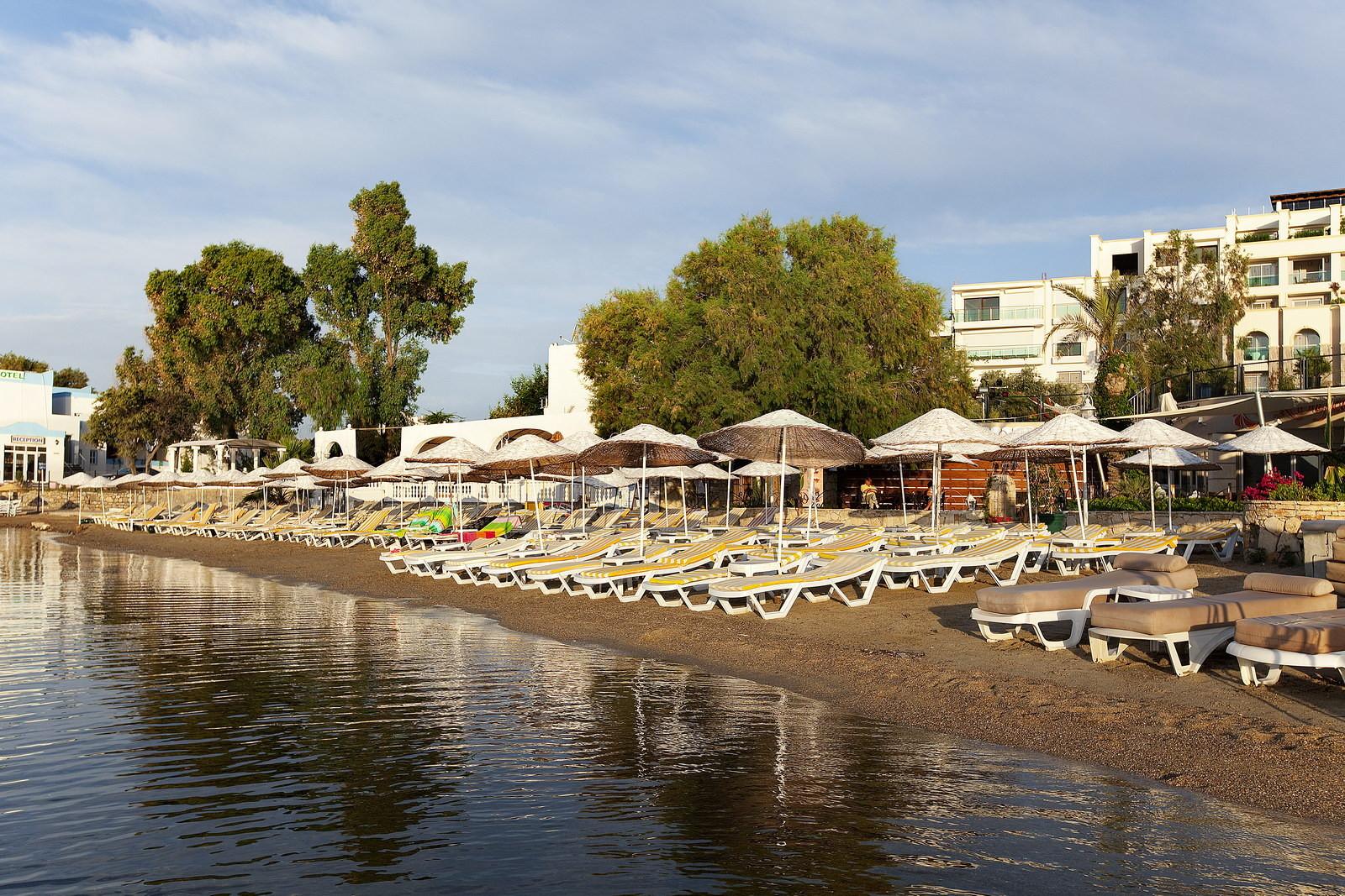 Royal Asarlik - плаж