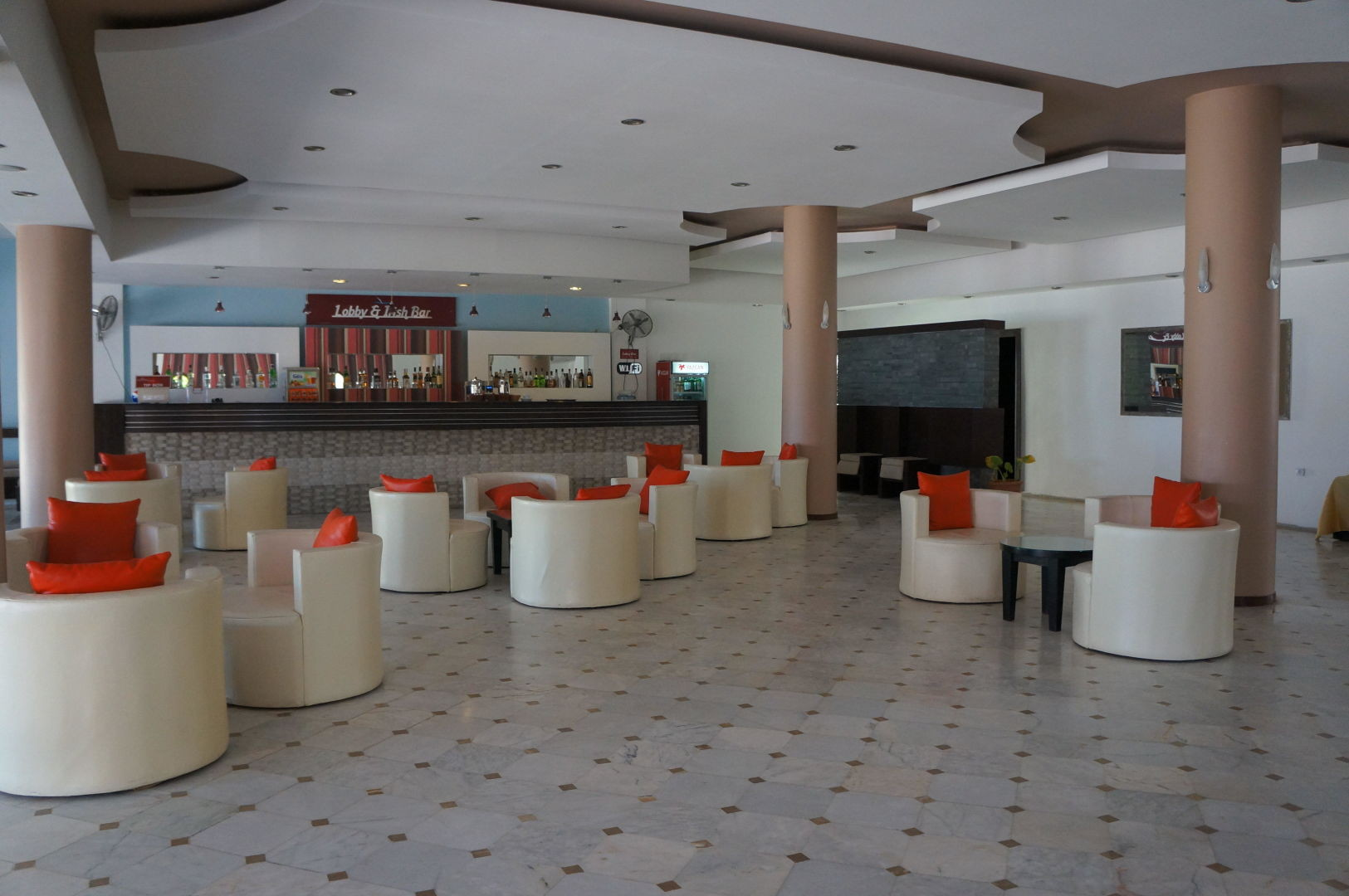 Omer Holiday Village - лоби бар