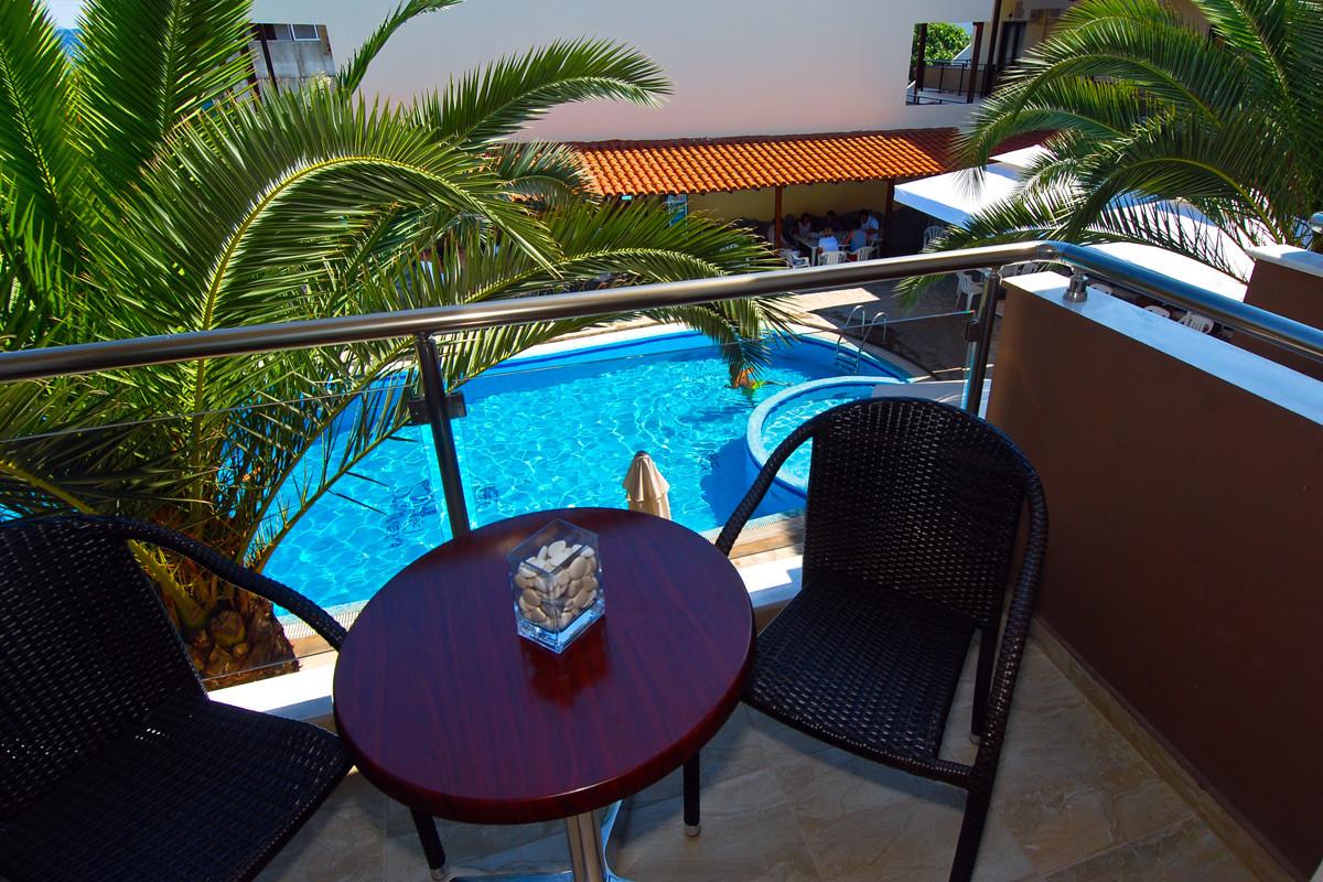 Simeon Hotel - тераса