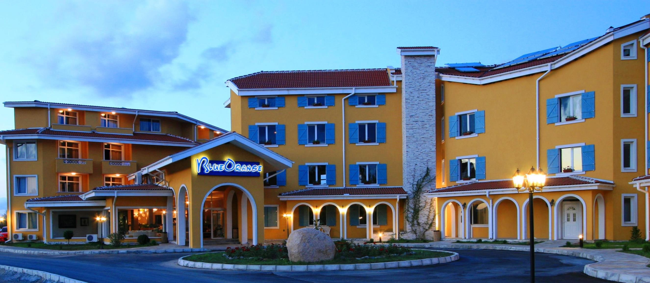 Blue Orange Beach Resort - вход