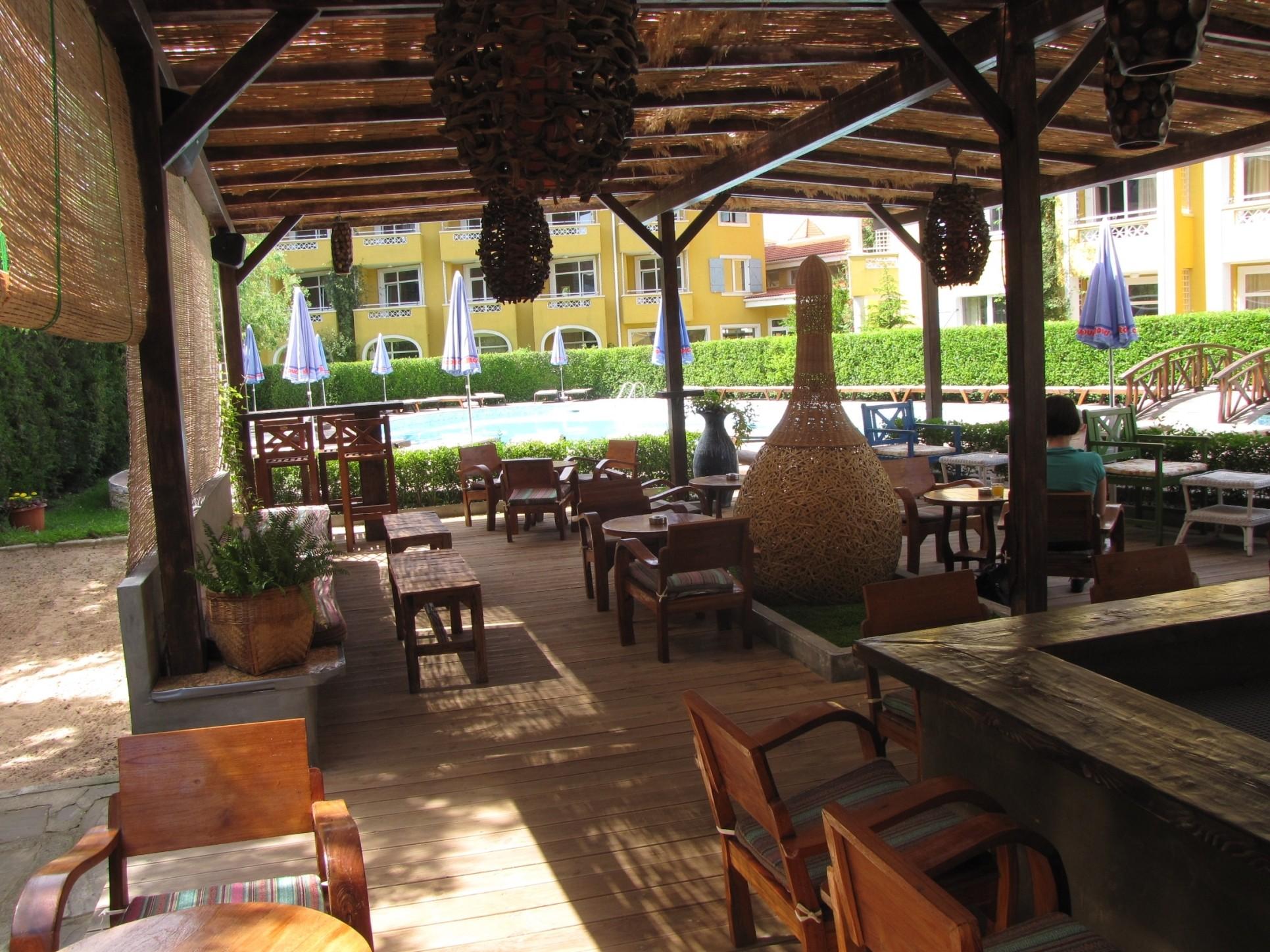 Blue Orange Beach Resort - бар