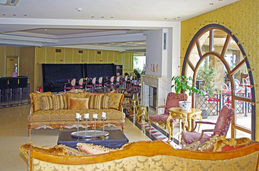 Mediterranean Princess Hotel - лоби