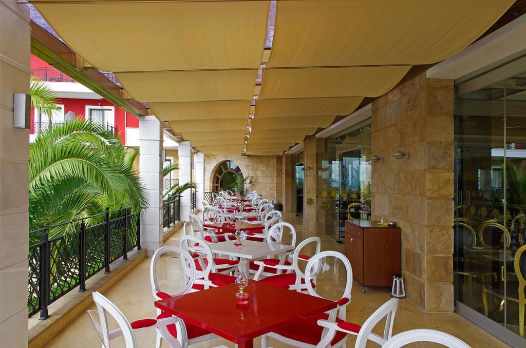 Mediterranean Princess Hotel - ресторант тераса