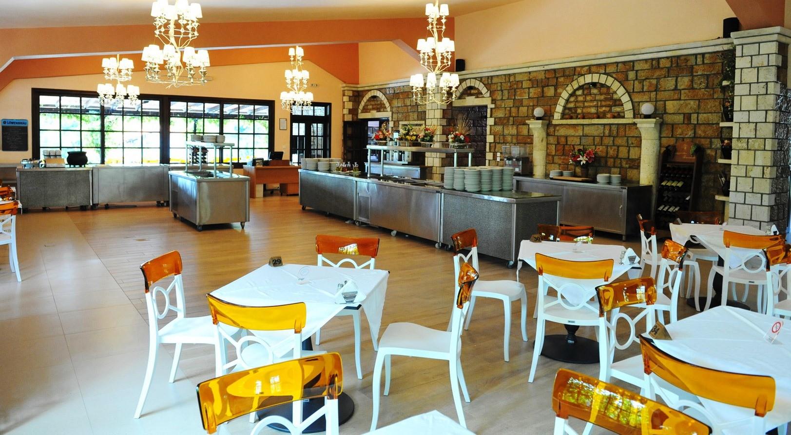 Philoxenia Bungalows Hotel - ресторант