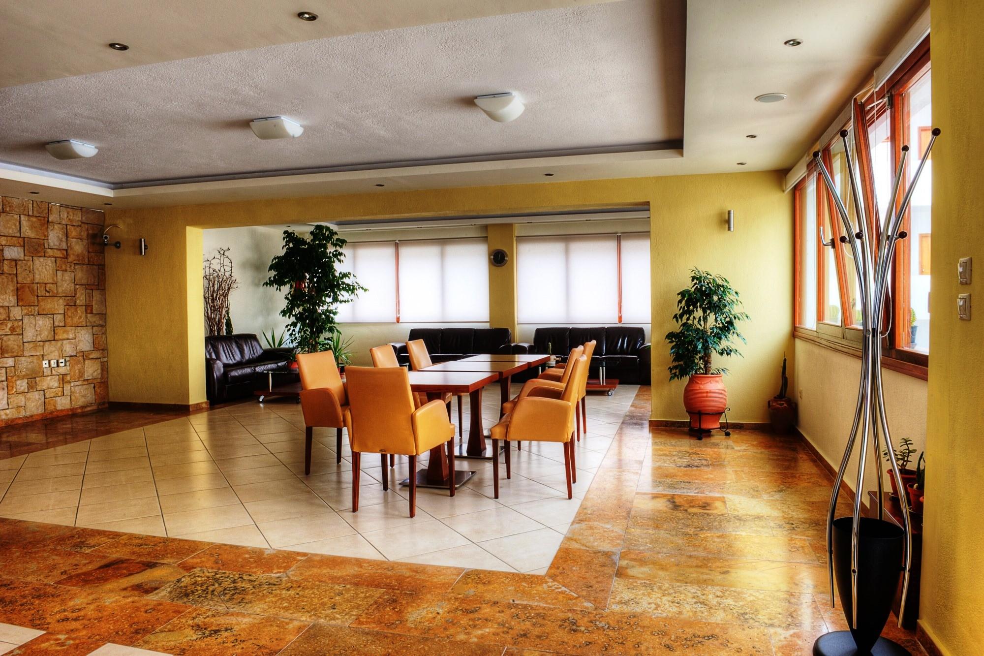 Philoxenia Bungalows Hotel - лоби