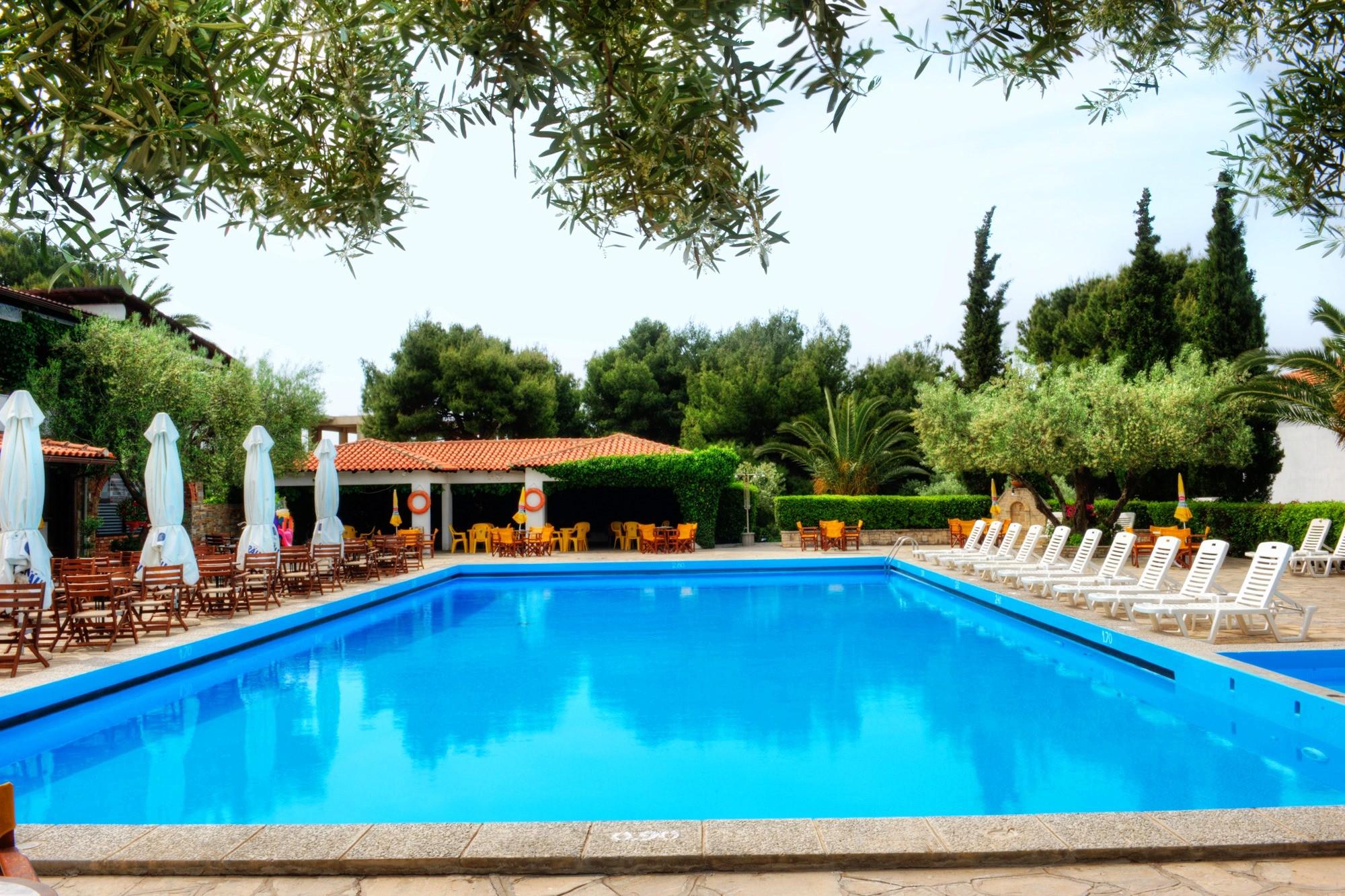 Philoxenia Bungalows Hotel - басейн