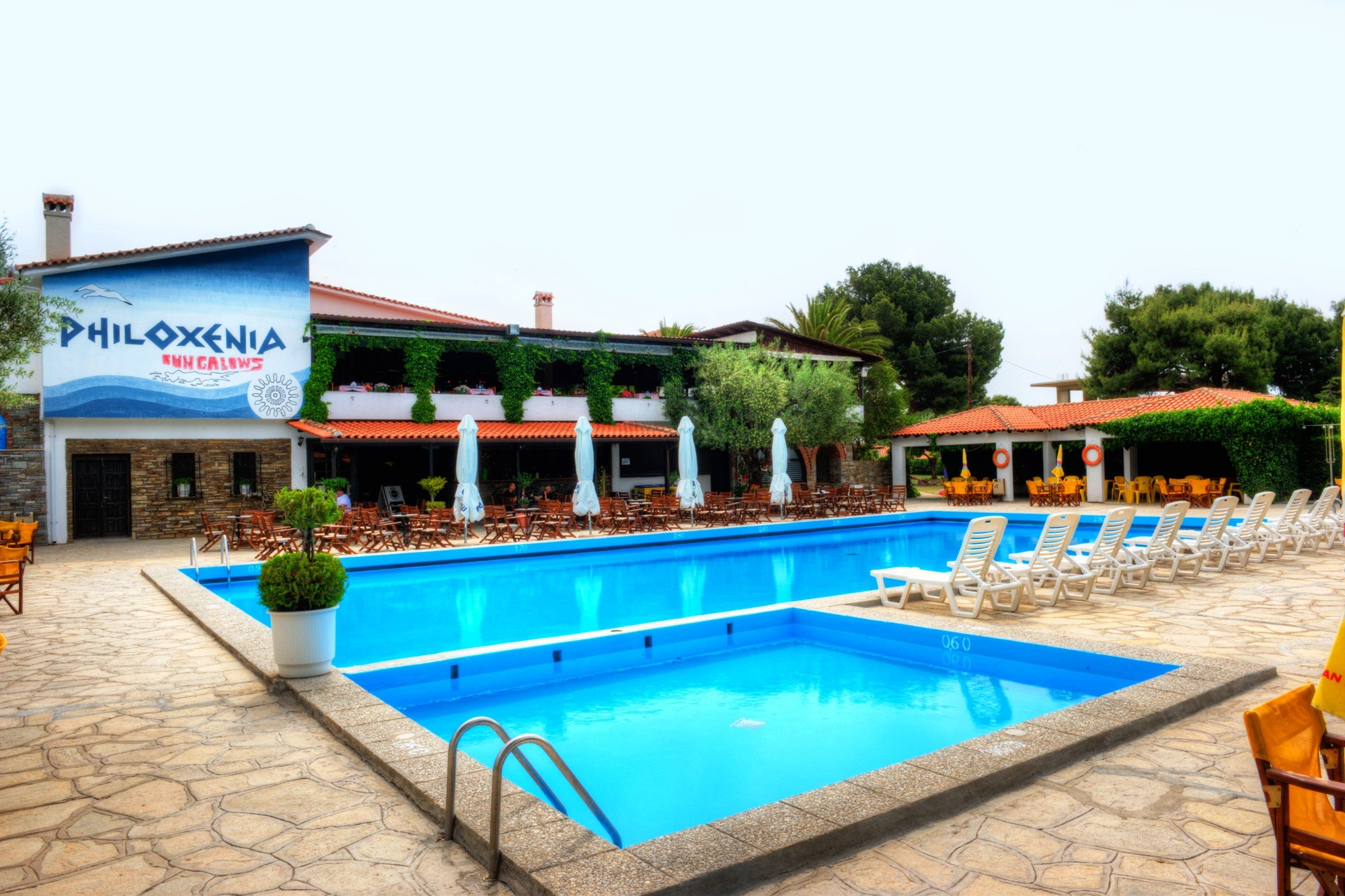 Philoxenia Bungalows Hotel - басейн