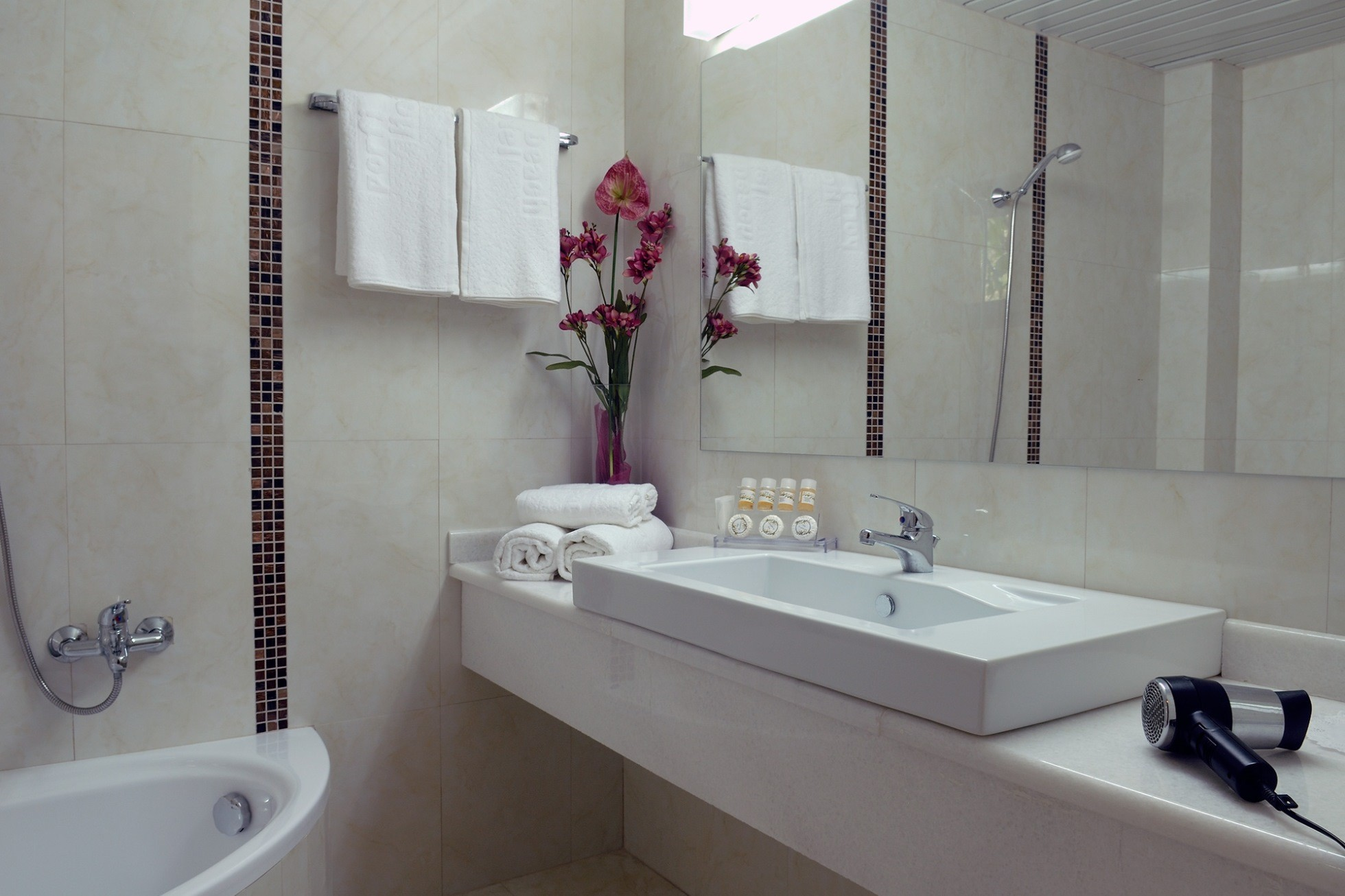 Porfi Beach Hotel - баня
