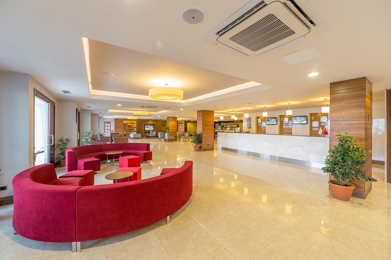 Ramada Resort Akbuk - лоби и рецепция