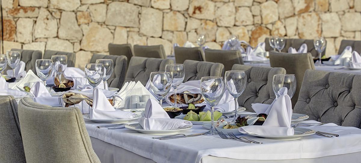 Ramada Resort Akbuk - ресторант