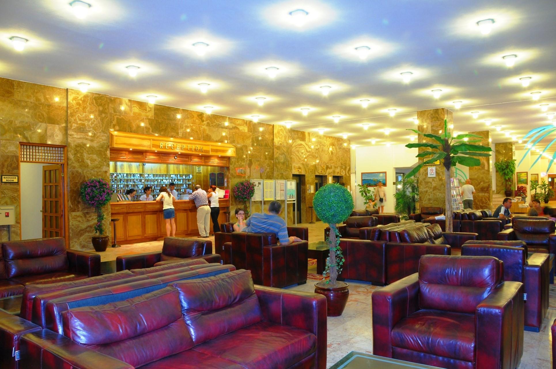 Club Hotel Grand Efe - рецепция