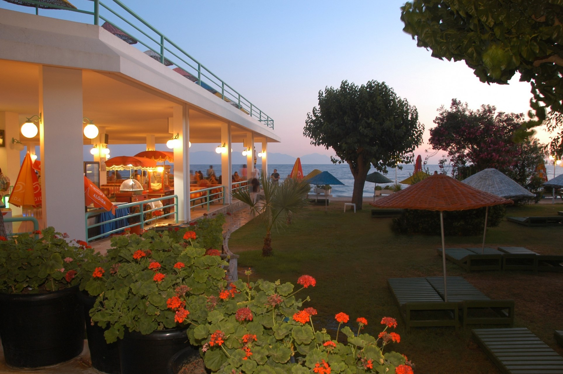 Club Hotel Grand Efe - градина