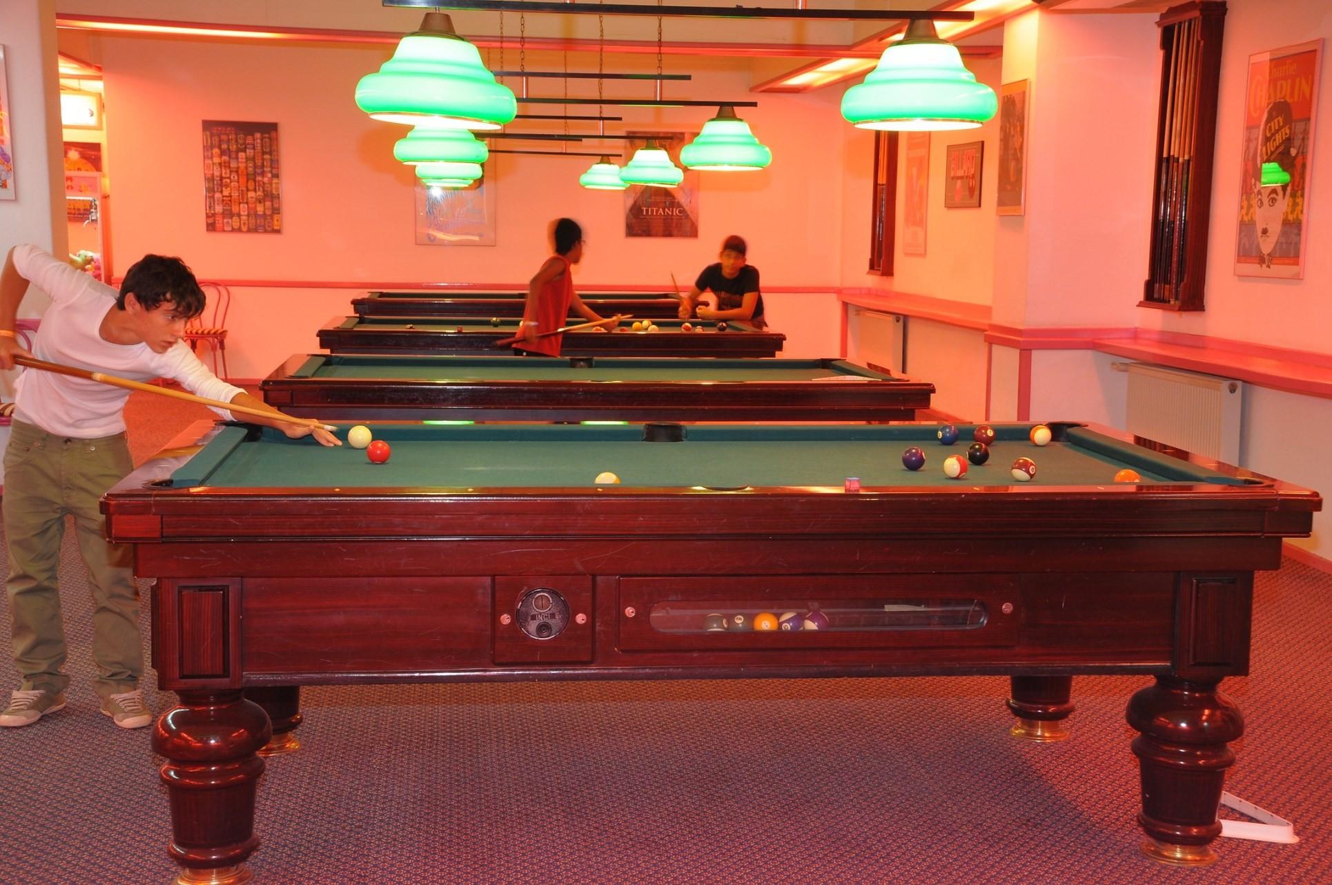 Club Hotel Grand Efe - билярд