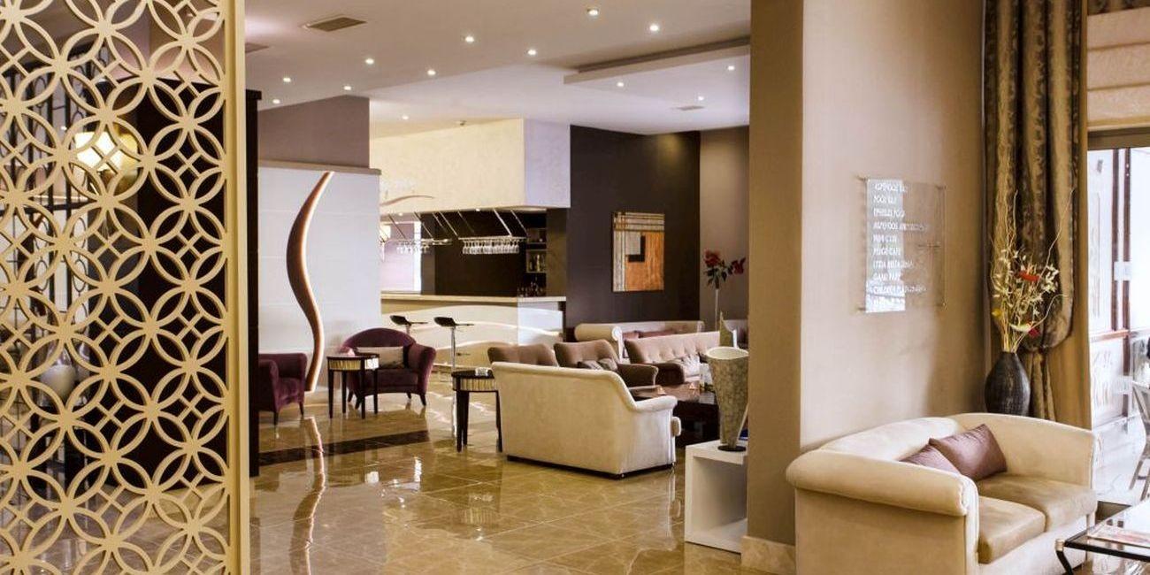 Hotel Tusan - лоби
