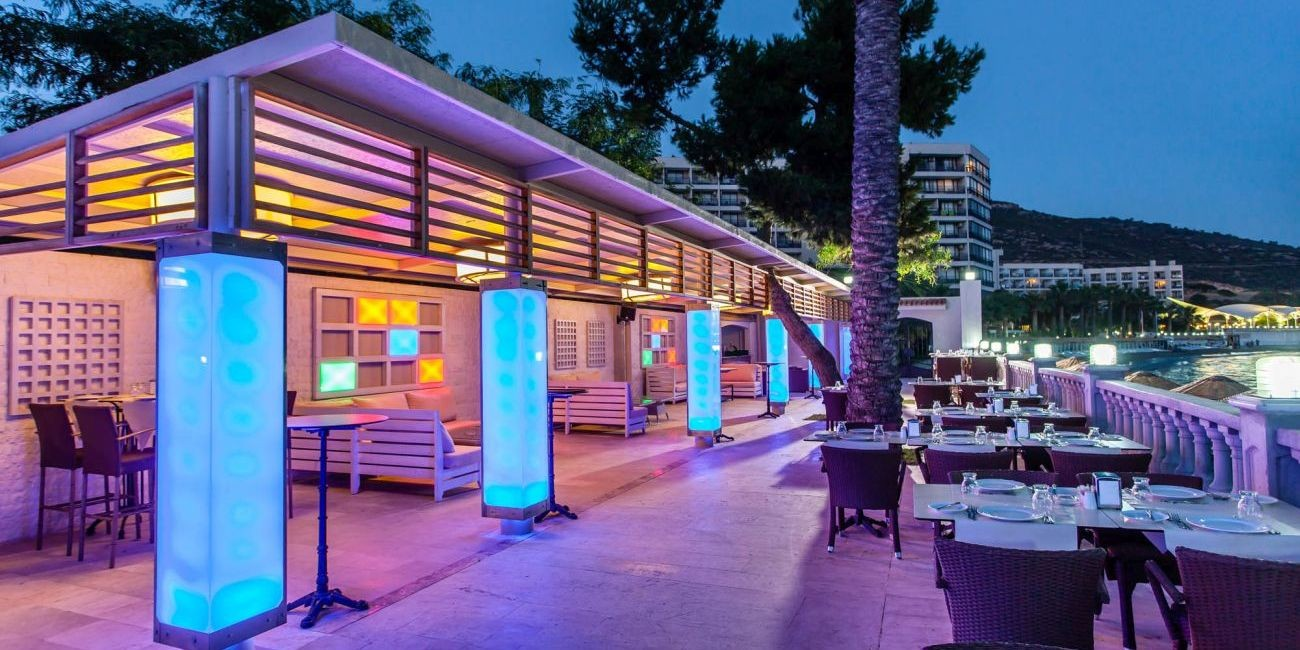 Hotel Tusan - бар