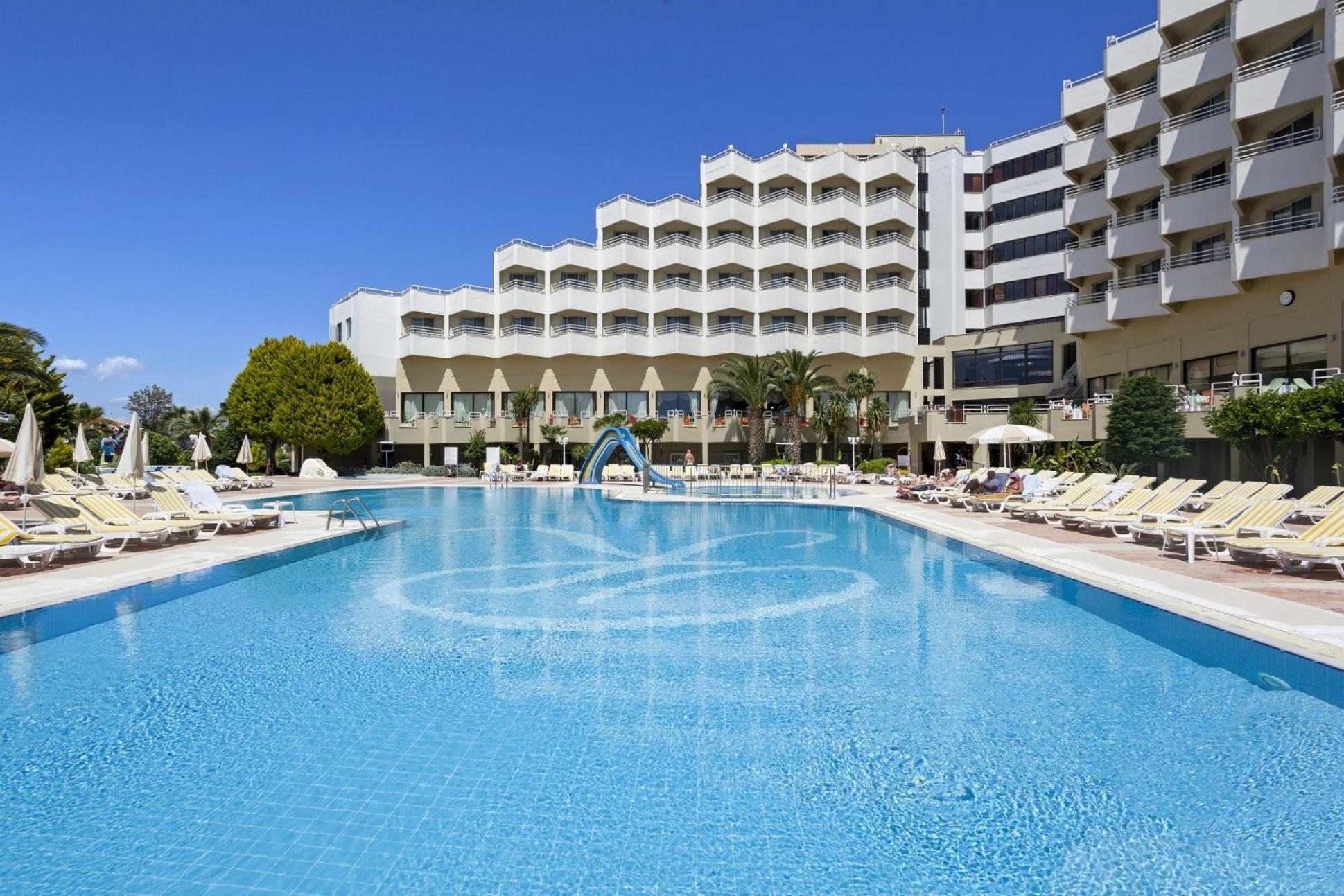 Richmond Ephesus Resort - басейн