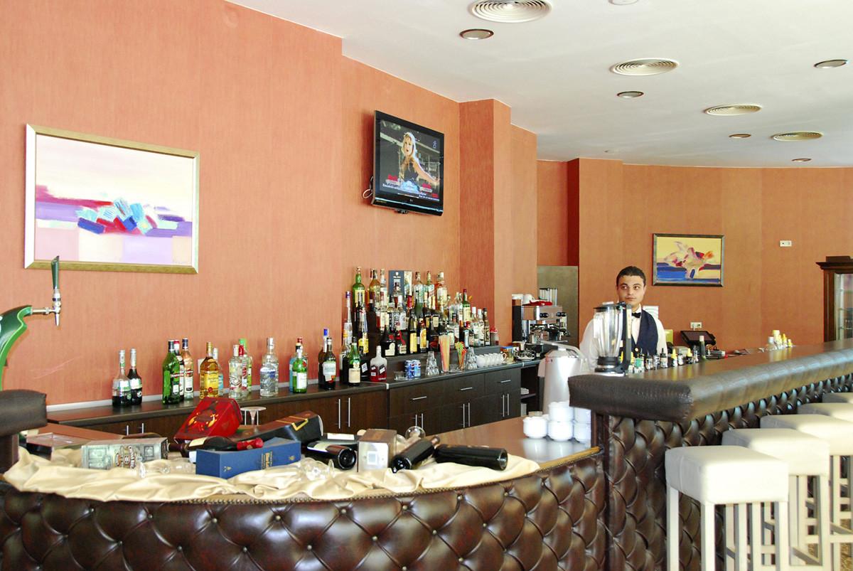 Приморско дел Сол - бар