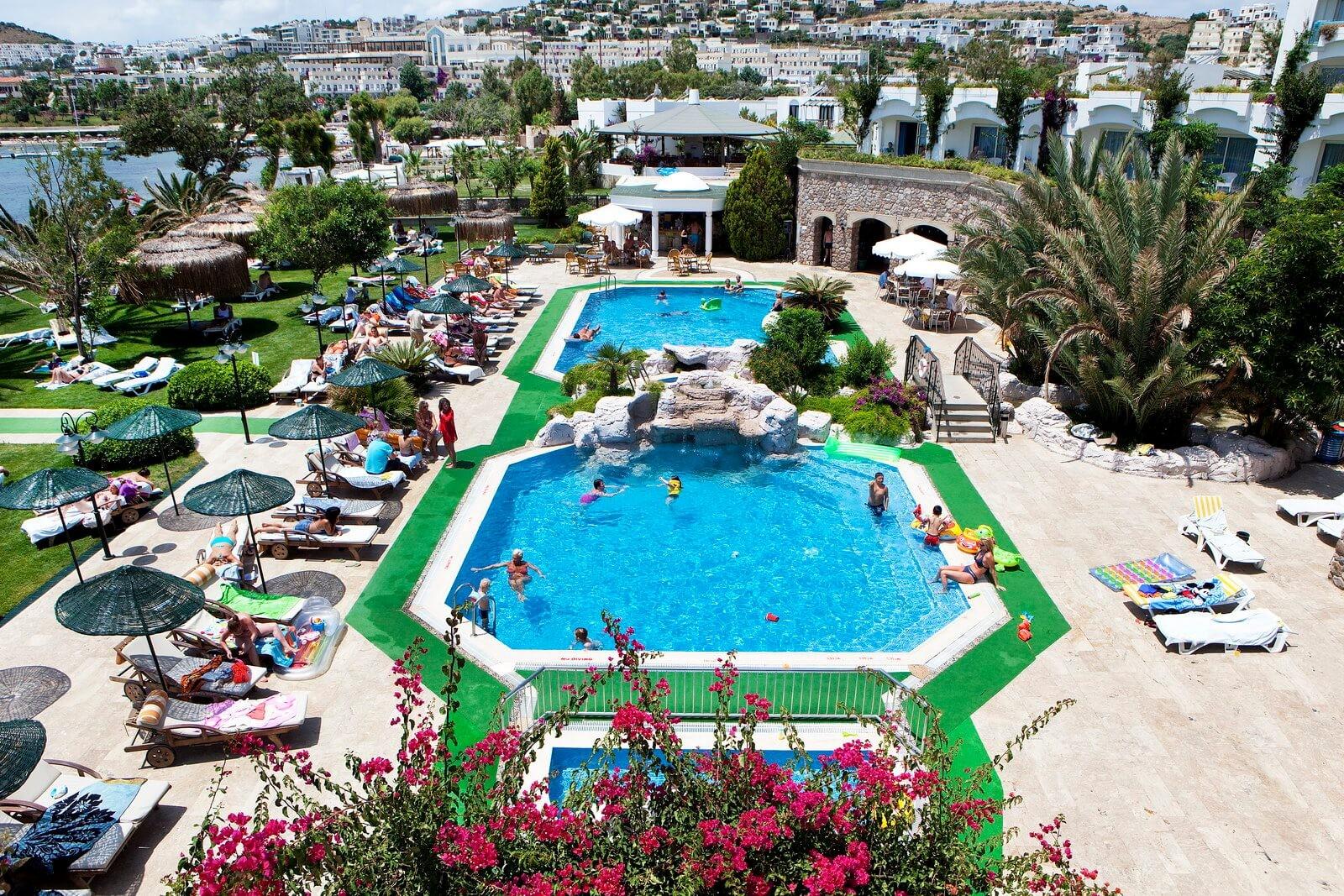 Royal Asarlik - басейн