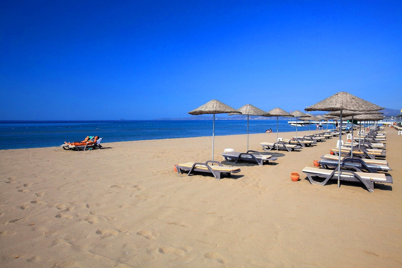 Cactus Club Yalı & Resort - плаж