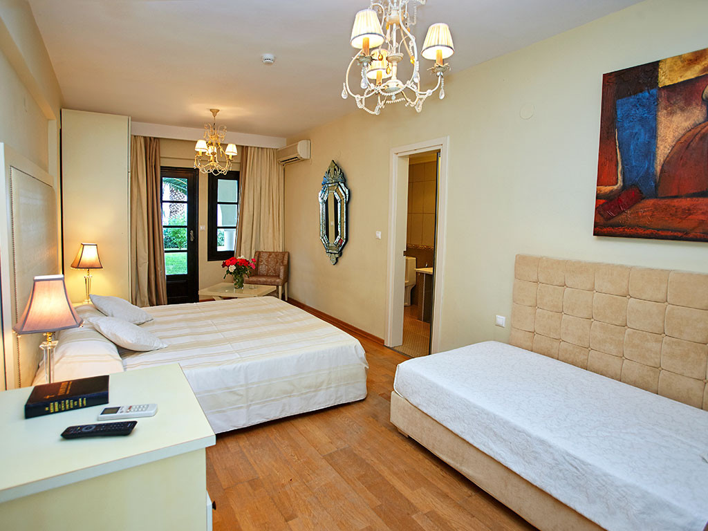 Assa Maris Hotel - двойна стая делукс