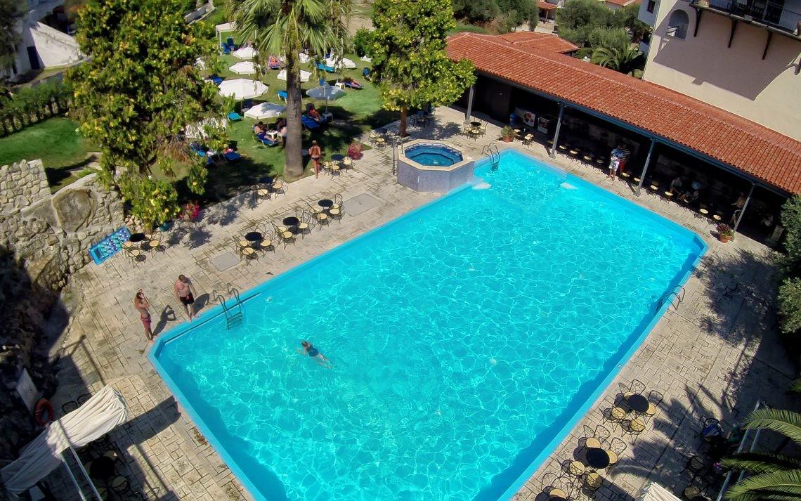 Kriopigi Beach Hotel - басейн