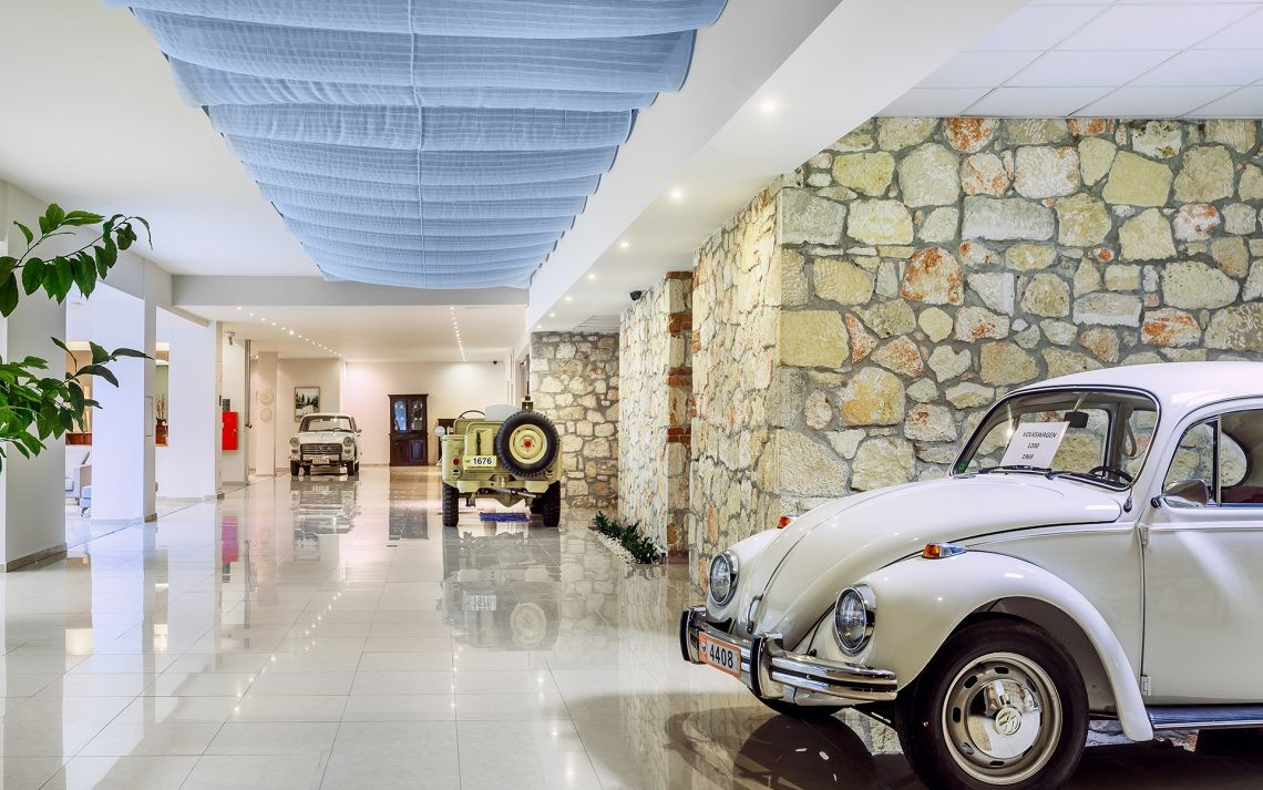 Kriopigi Beach Hotel - лоби