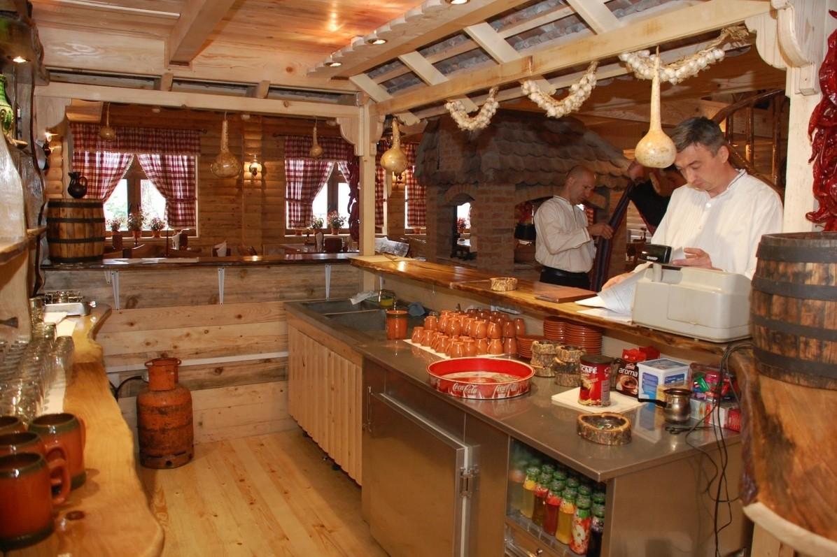 хотел Сърбия Тис 3* - етно ресторант Сръбска къща