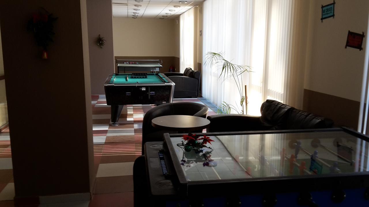 Апарт-хотел Боровец Гардънс - Оферта за 8-ми декември - игрална зала