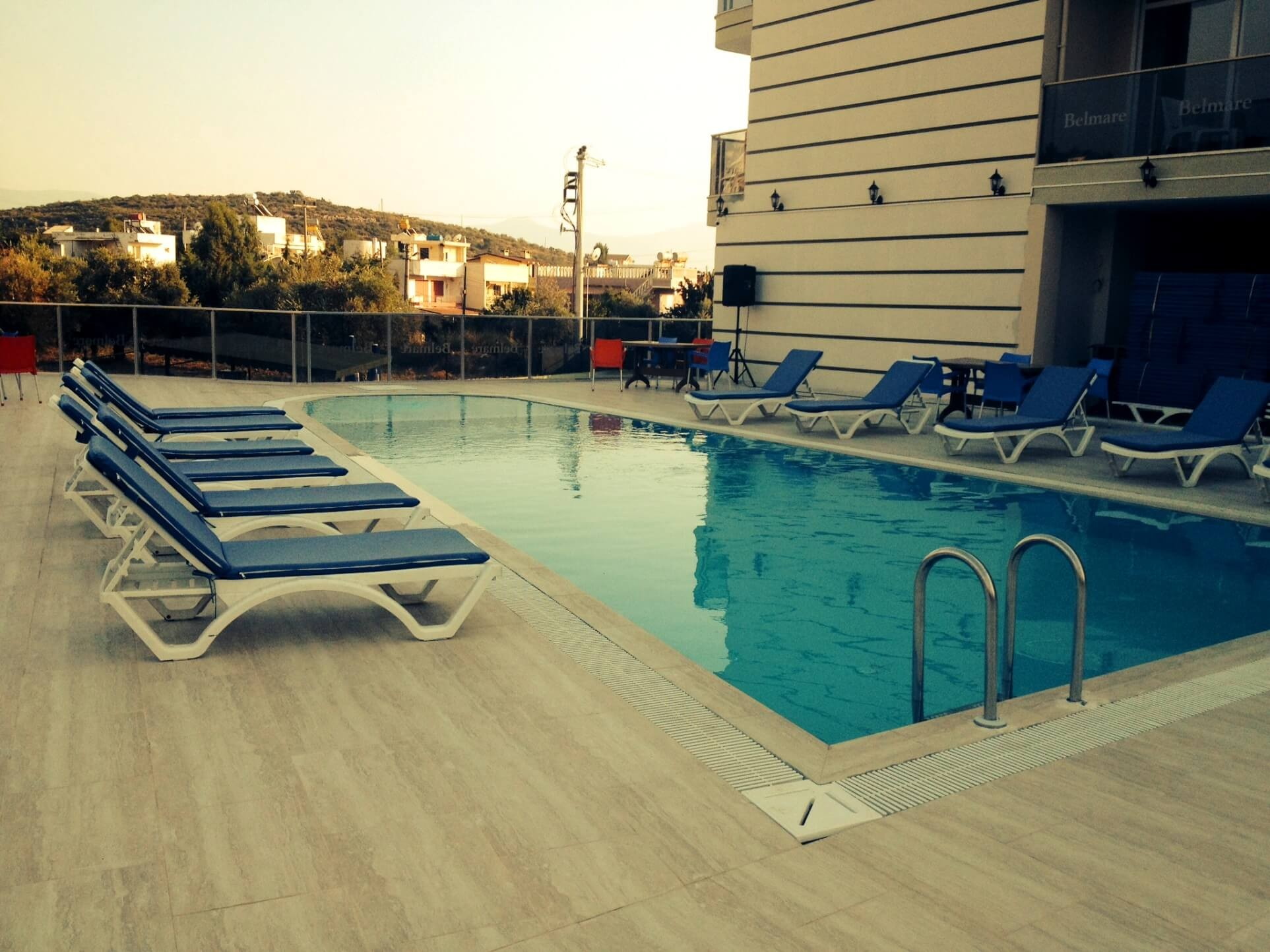 Belmare Hotel - басейн