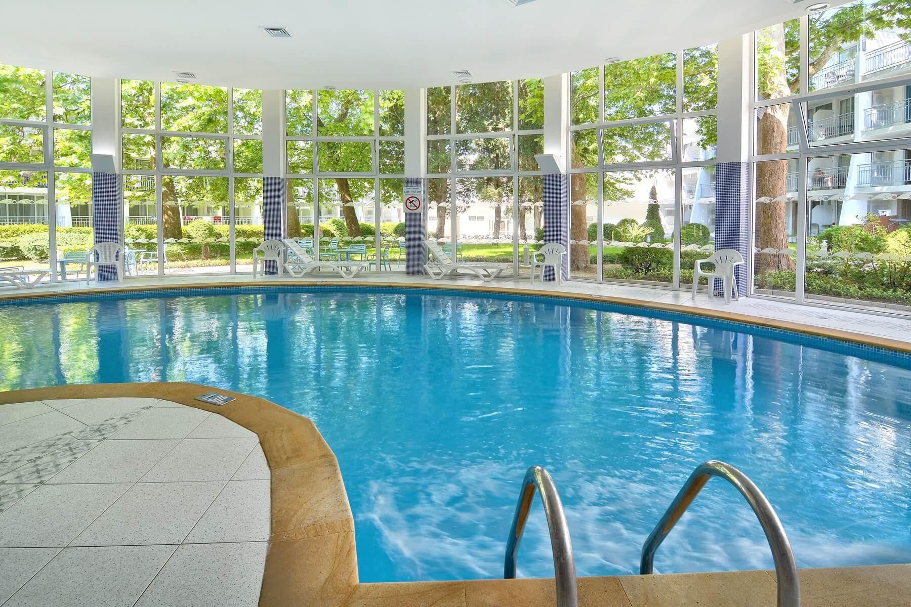 хотел ралица - вътрешен басейн