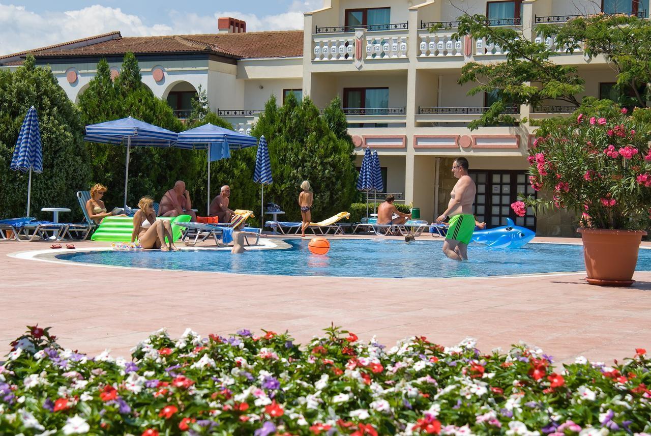 Хотел Пеликан - общ изглед