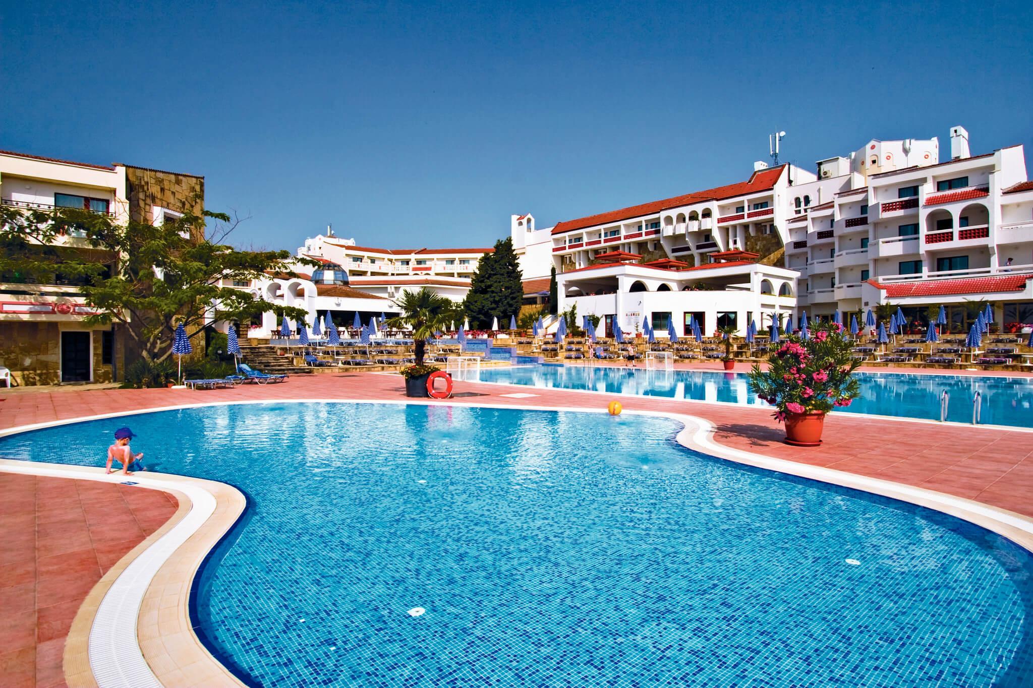 Хотел Пеликан - басейн