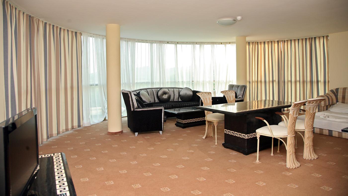 Хотел Белвил - апартамент лукс