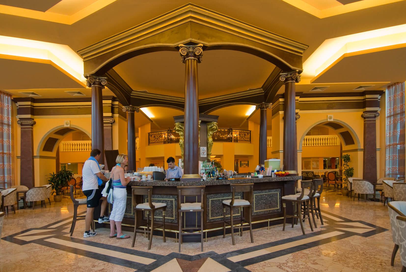 Хотел Марина Бийч - лоби бар