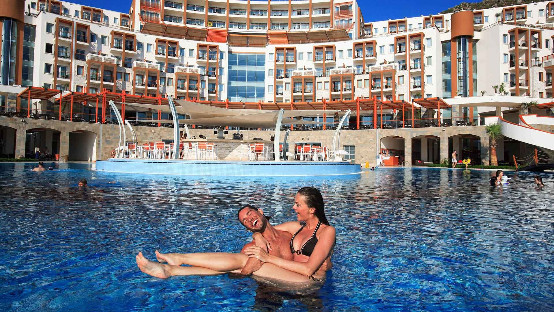 Kefaluka Resort - басейн