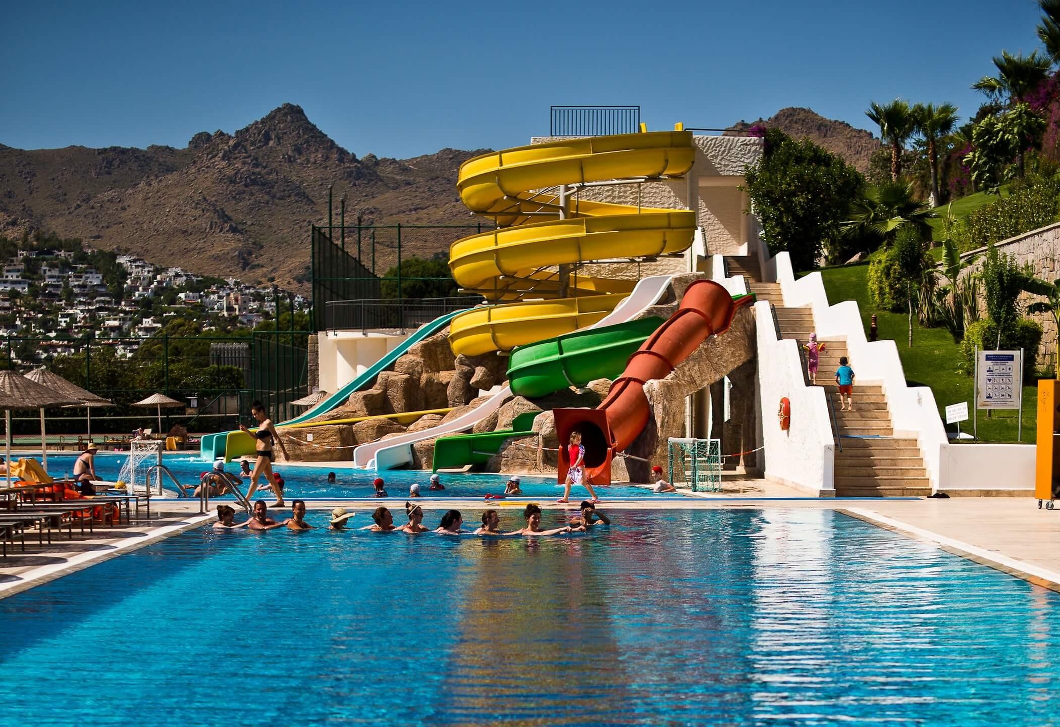 Kefaluka Resort - водни пързалки