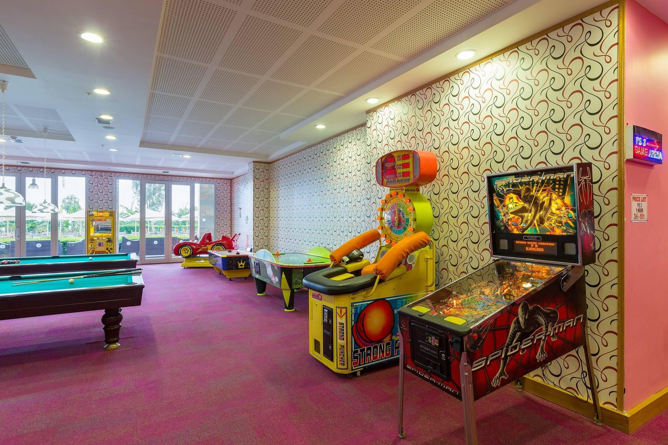 Kefaluka Resort - игрална зала