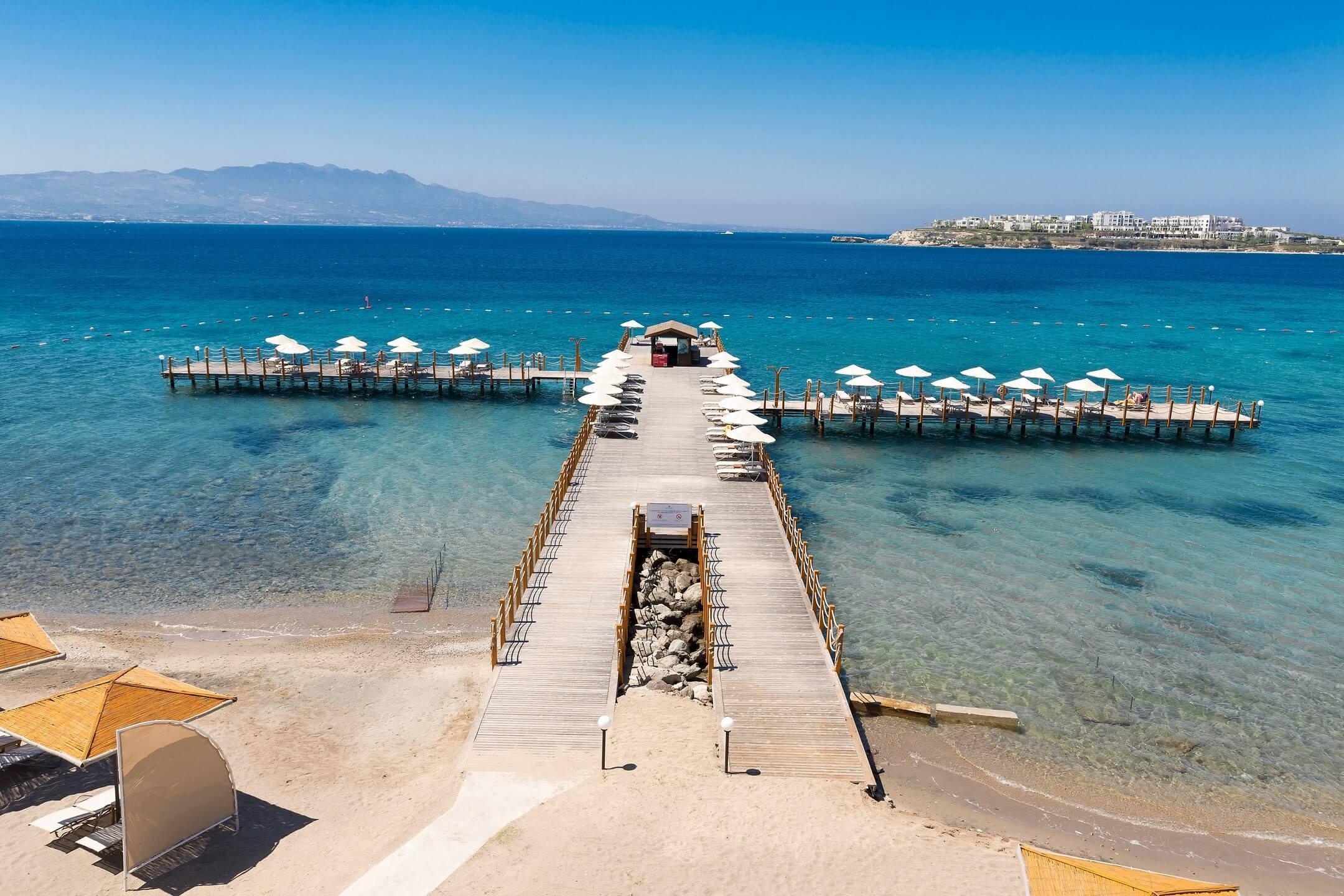 Kefaluka Resort - плаж и кей