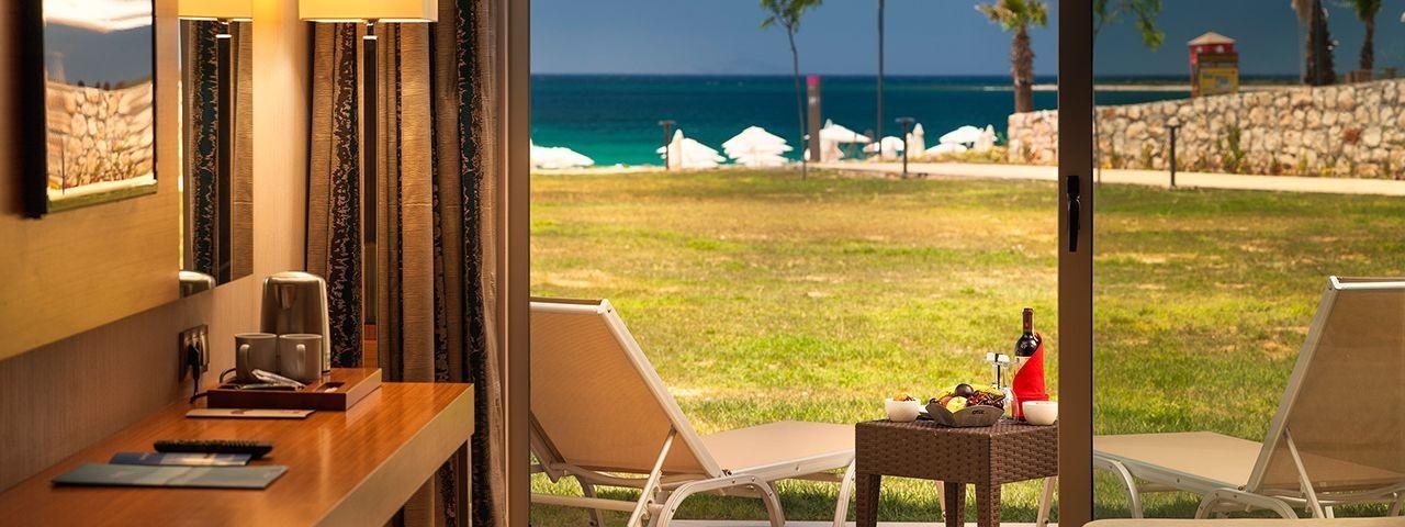 Aquasis De Luxe Resort & Spa - тераса