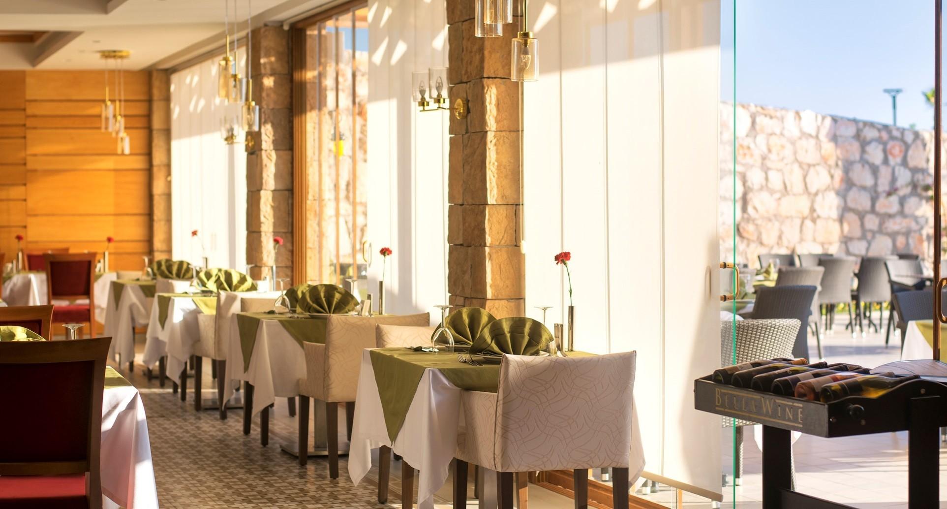 Aquasis De Luxe Resort & Spa - Mediterranian а ла карт ресторант