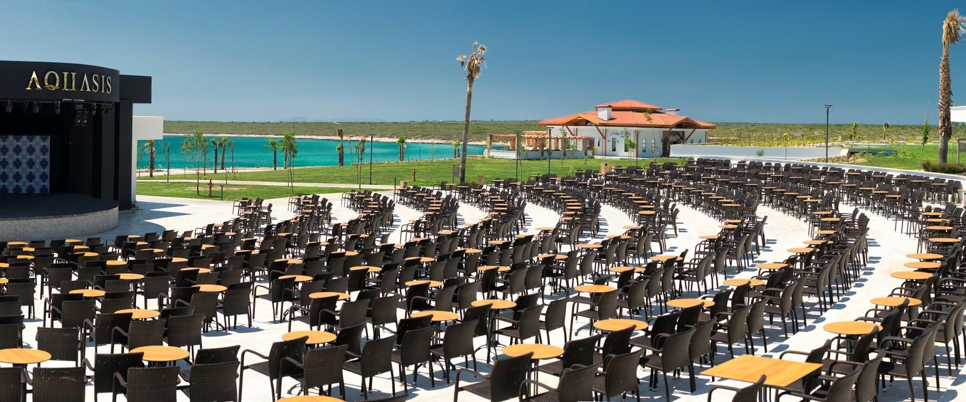 Aquasis De Luxe Resort & Spa - амфитеатър